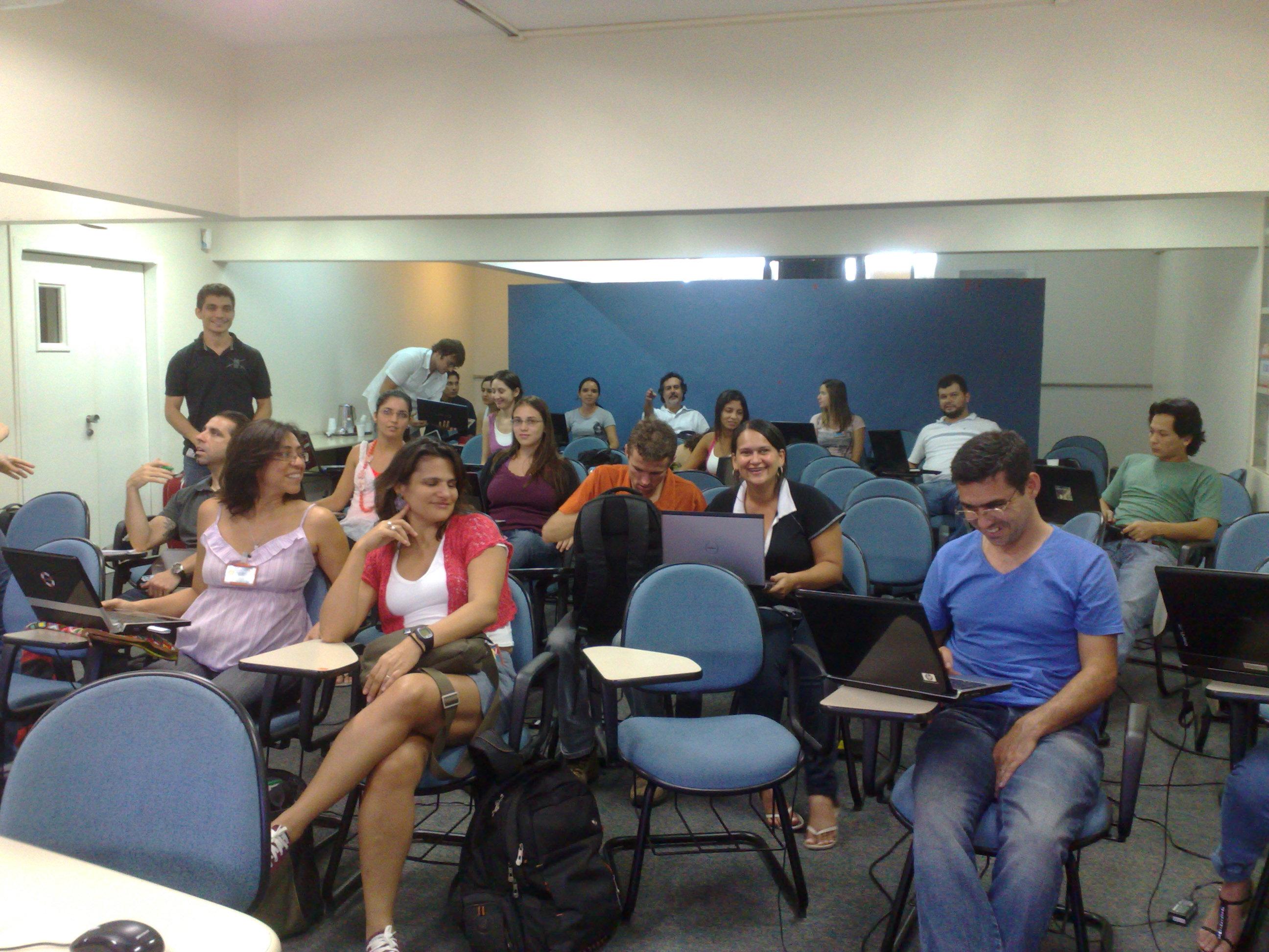Curso de Dinamica EGO, Universidade Federal de Minas Gerais, 2011
