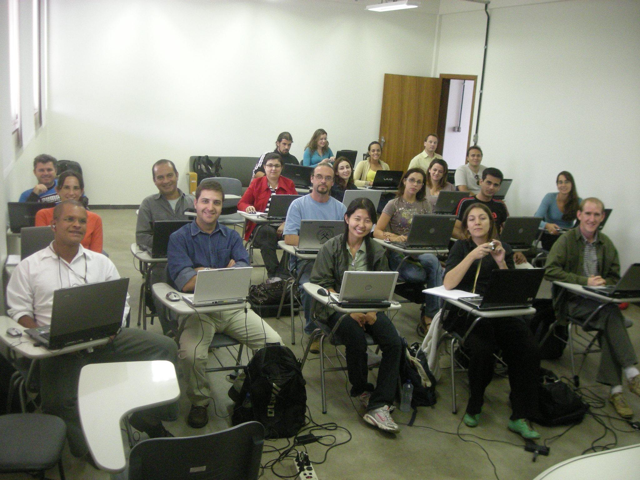 Curso de Dinamica EGO, UFMG, Belo Horizonte, 2008